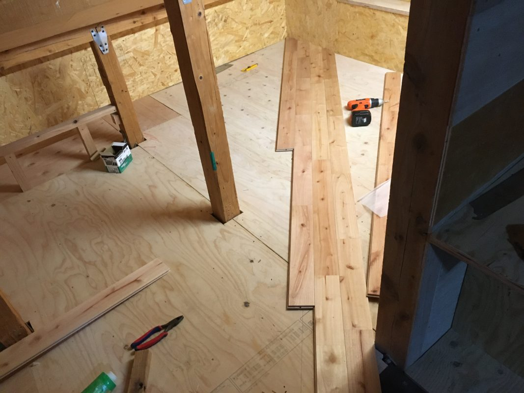 戸建て、DIY、屋根裏、子育て